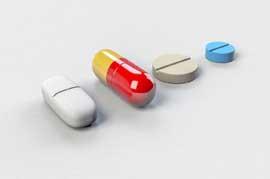 Placebo, Scheinmedikamente, Hypnose, Psychotherapie